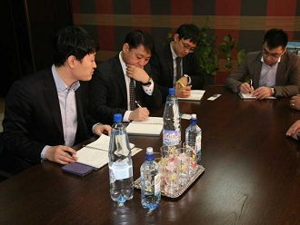 The members of the Korean delegation visited the company specializing in passenger transport