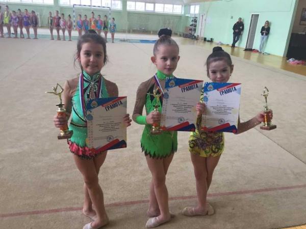 Подведены итоги классификационных соревнований открытого чемпионата и первенства Петропавловска по художественной гимнастике. 1