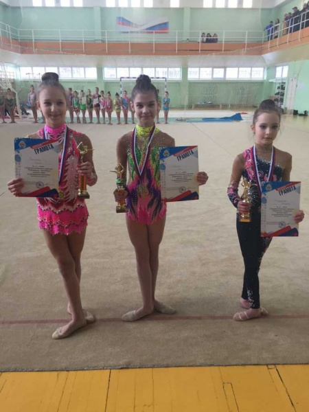 Подведены итоги классификационных соревнований открытого чемпионата и первенства Петропавловска по художественной гимнастике. 3